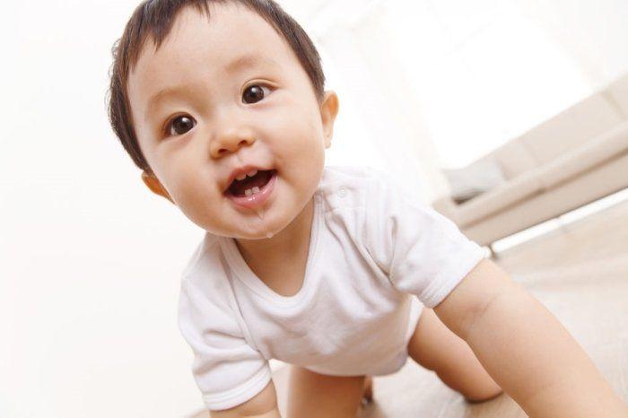 teething symptoms baby drooling