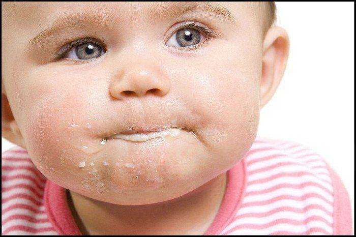 teething baby vomiting