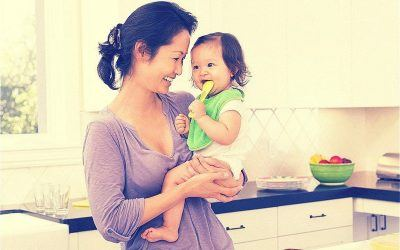 How To Soothe a Teething Baby Naturally